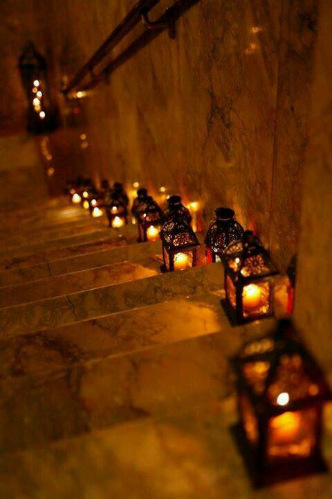 CANDLE STAIRS 3