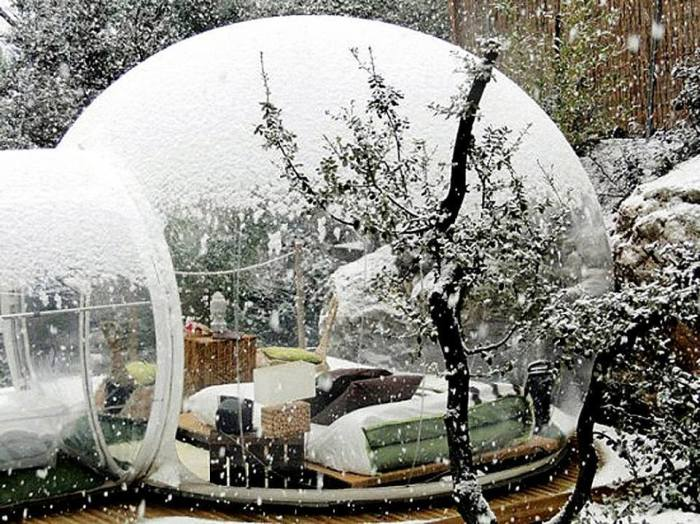 French Bubble Hotel Lets You Sleep With Nature