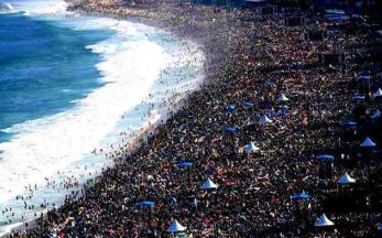 I know the beaches in Rio get crowded, but I had no idea…