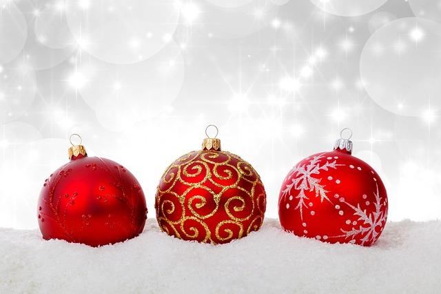 christmas-ball-316491_640