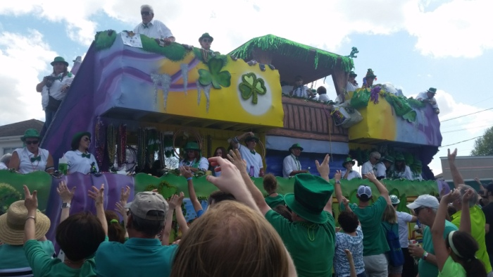st-patricks-day-parade-metairie