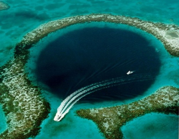 great-blue-hole-is-a-large-submarine-sinkhole-off-the-coast-of-belize