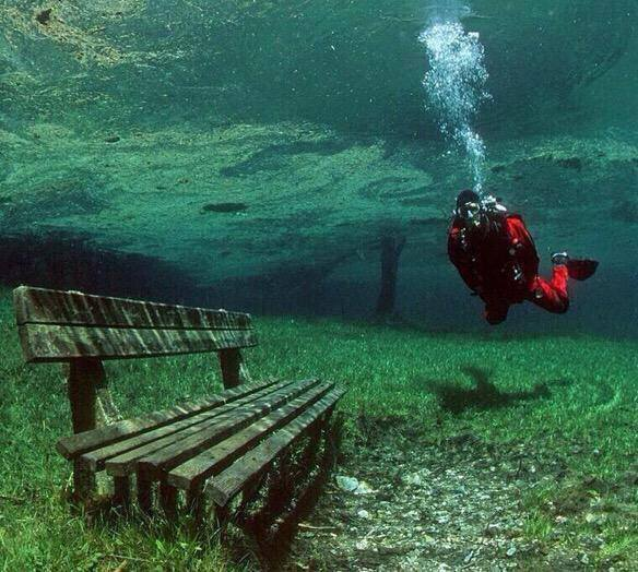green-lake-in-austria-is-a-dry-park-in-winter-but-a-10ft-deep-lake-in-the-summer