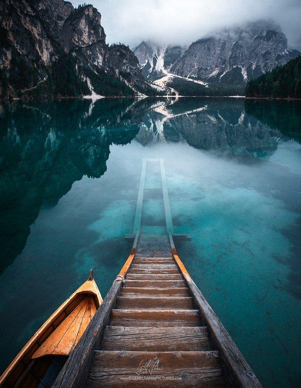 lago-di-braies-dolomites-italy